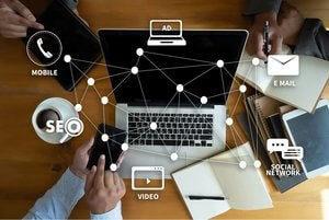 how to promote your business online featured image