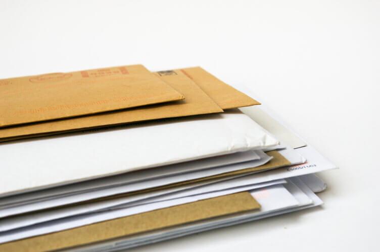 Affranchisseuse courrier